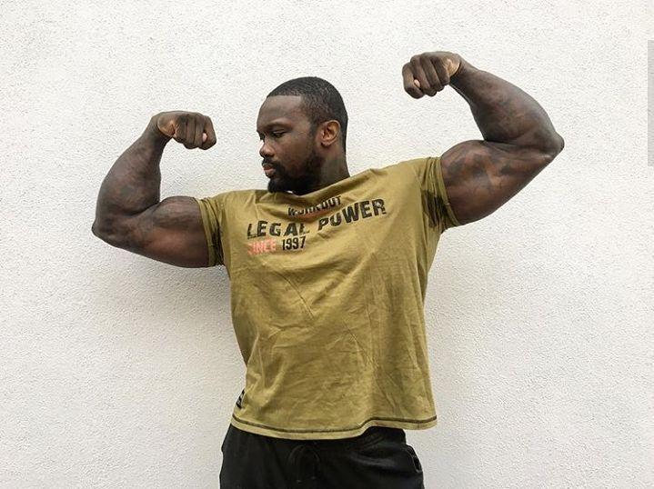 Double biceps like @xavier_tre_fitness  #legalpower #lplimits