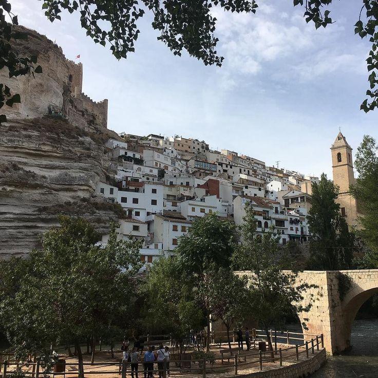 #AlcaladelJucar es sin duda uno de los pueblos más bonitos de #España y también es #LaMancha  http://ift.tt/2gcGuMQ  #belleza #paisaje #Arquitectura #historia #tradicion #turismo #turismorural #viajes #ocio #love #bestoftheday #felizmartes