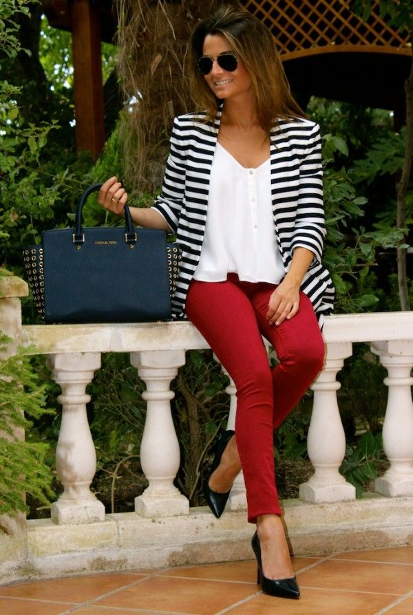 Classy outfit for work. Red pants. Stripped blazer. White tee. would love to try this outfit!
