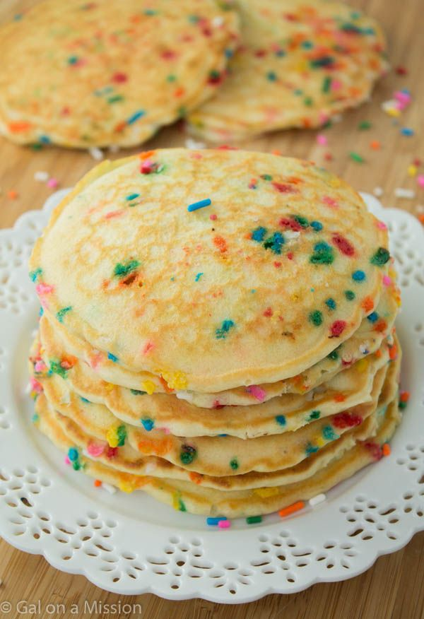 Delicious and Fluffy Funfetti Pancakes   Recipe on galonamission.com