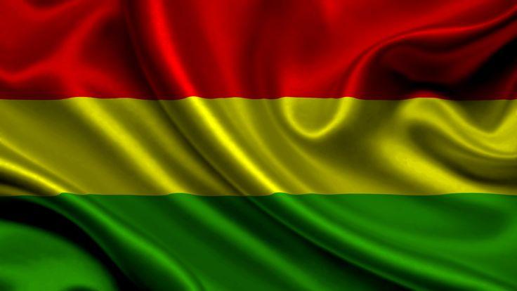 Hoy 17 de Agosto es el Día de la #Bandera de #Bolivia conocida como la #LaTricolor #FelizDíadelaBandera #boliviana #17Agosto #Tricolor   (más sobre la Bandera de Bolivia en Nuestro Facebook)