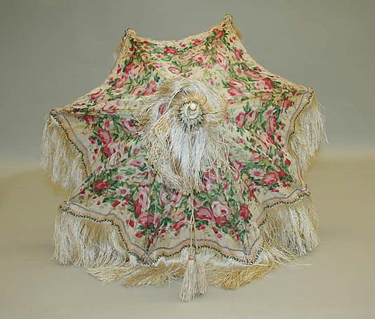 Parasol Date: ca. 1850 Culture: French Medium: silk, metal, horn Dimensions: Length: 22 5/8 in. (57.5 cm) Credit Line: Purchase, Gifts form Various Donors Fund, 1983 Accession Number: 1984.10.1