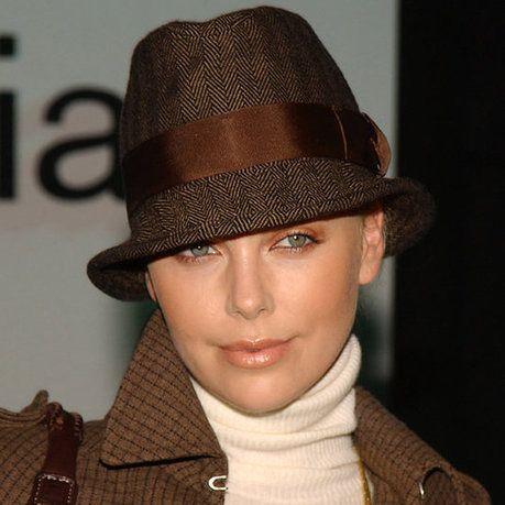 Укрыться от солнца: самые модные женские шляпы этого лета - Shoptema.ru