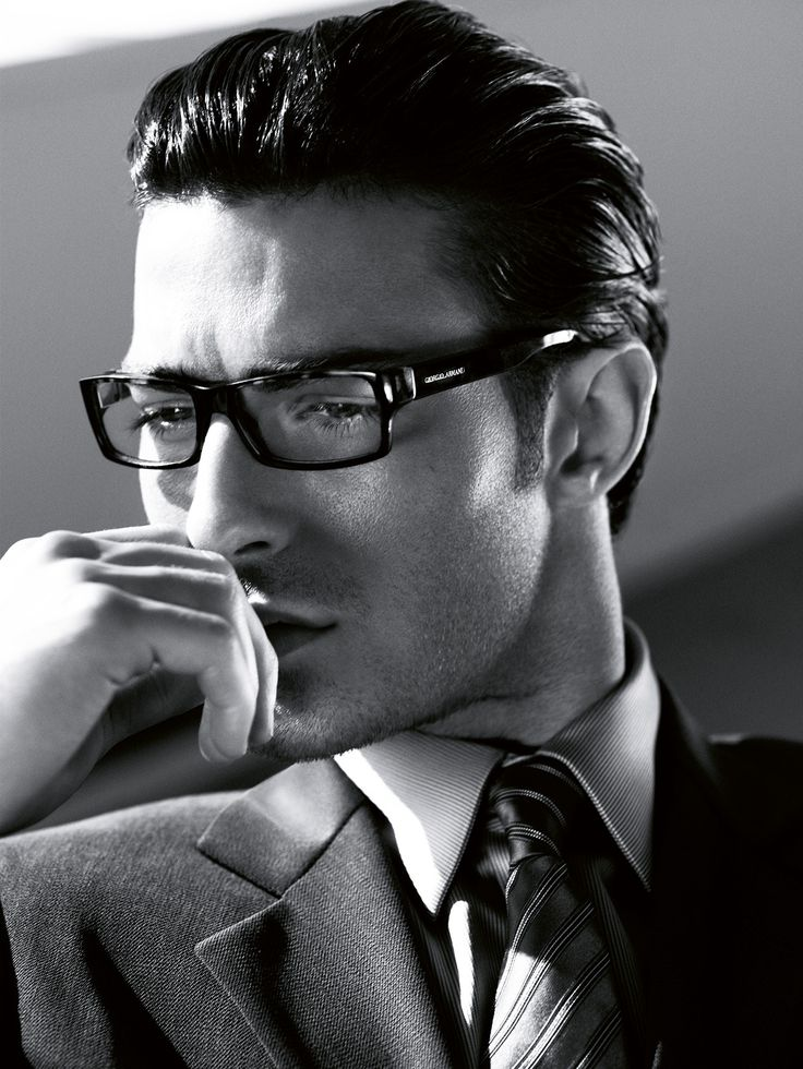 #Atribute to Frames: The Giorgio Armani Fall/Winter 2006 eyewear campaign shot by Mert Alas & Marcus Piggott. See the dedicated article on Armani.com/Atribute