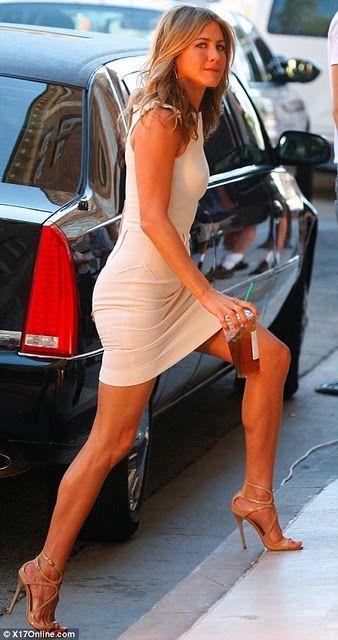 www.coutureid.blogspot.com-Jennifer-Aniston-Couture+ID-Fashion+Finder.jpg (338×640)