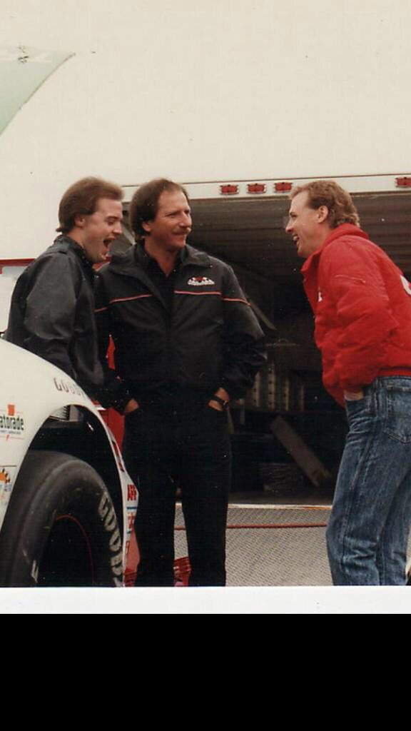 @Kenny_Wallace: When @DaleJr tweeted Sr passed away it made me sad, BUT Like Jr said I am happy Sr lived