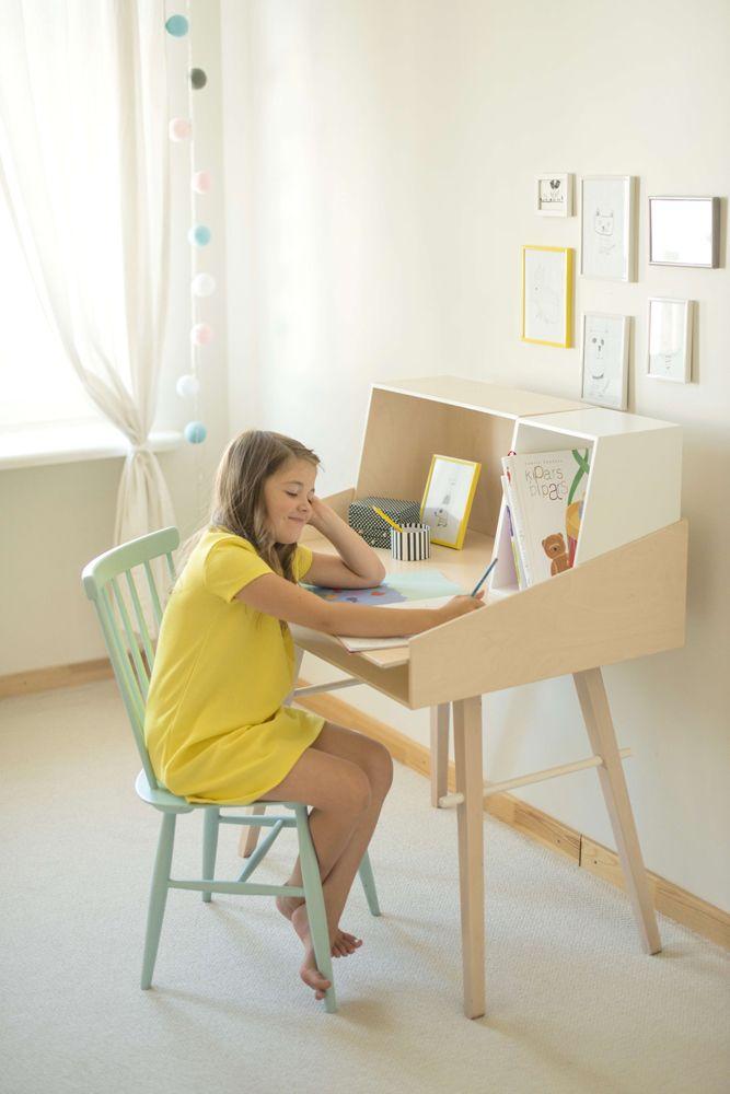 KUKUU - Bureau kinderkamer verstelbaar geschikt voor kleine en voor grote kids | Tom en Lilly