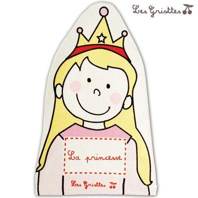Marionnette la princesse : S'inventer une vie de princesse c'est facile avec cette marionnette fabriquée en France et personnalisable au prénom de l'enfant. Marionnette Les Griottes.