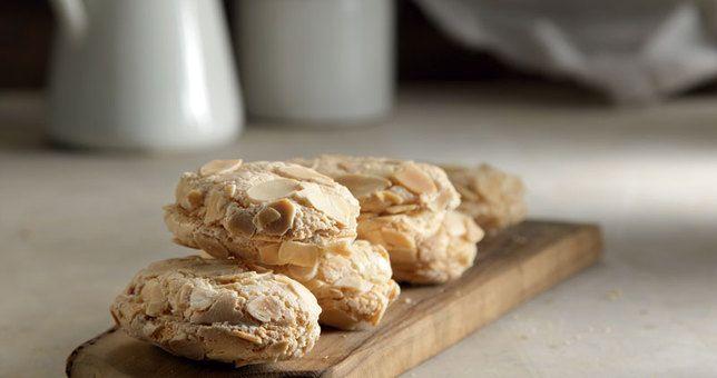 Γλυκές Τρέλες: Υπεροχοι εργολάβοι από το Στέλιο Παρλιαρο με τρία υλικά!