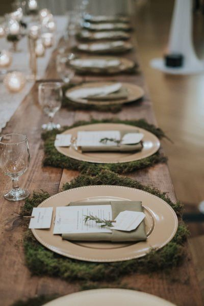 10 Winter Wonderland Wedding Ideas for a Snowy Celebration & 822 best Wedding Place Setting u0026 Table Setting Ideas images on Pinterest