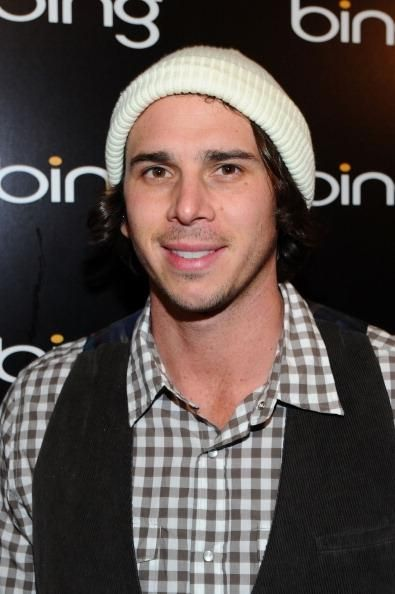 'The Bachelor' Season 16 Ben Flajnik Moves On From Courtney Robertson After Failed Engagement; Finds New Girflriend From Tinder - http://asianpin.com/the-bachelor-season-16-ben-flajnik-moves-on-from-courtney-robertson-after-failed-engagement-finds-new-girflriend-from-tinder/