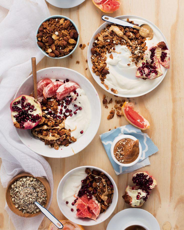 Almond granola and grapefruit bowls - MyKitchen