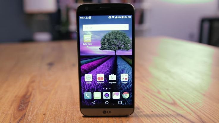 The LG G5 has a unique modular design that lets you swap in fun accessories. It has (two!) great rear cameras, expandable storage and a replaceable battery -- a rarity in high-end phones. But it still doesn't beat the Galaxy S7.