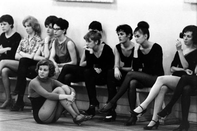 Working as a Rockette: Rare and Amazing Behind the Scenes Photos Capture Everyday Life of Famous Dancers in 1964 ~ vintage everyday
