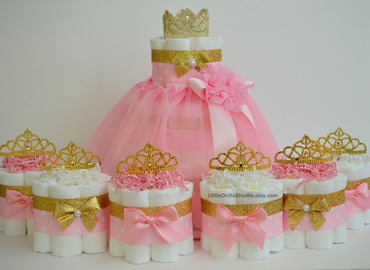 Pink and Gold baby shower/ Princess diaper cake/ Unique diaper cake/ Girl baby shower/ Its a girl/ Mommy to be/ Gift / Centerpiece/ Baby