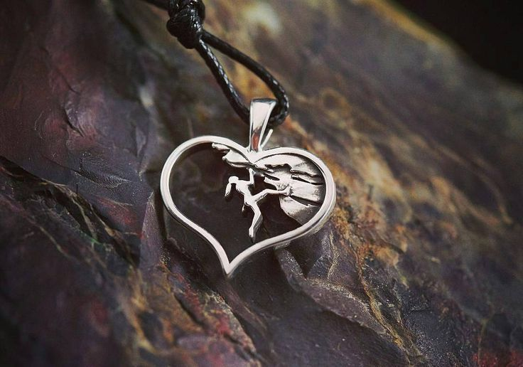 """From @extremejewelry! This is so beautiful!!! Great idea for a gift for Valentine's Day ・・・ Silver pendant ""Rock climbing girl"" . #hiking #hikingtrails…"""