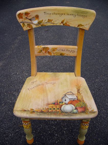 Chairs done for each season.. @Gayle Daniel @Bettie Tuck .. these would sell like hotcakes I bet!