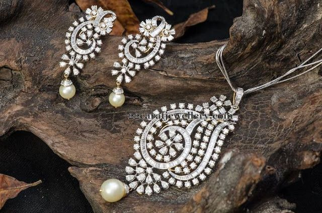 Jewellery Designs: Remarkable Diamond Pendant Earrings