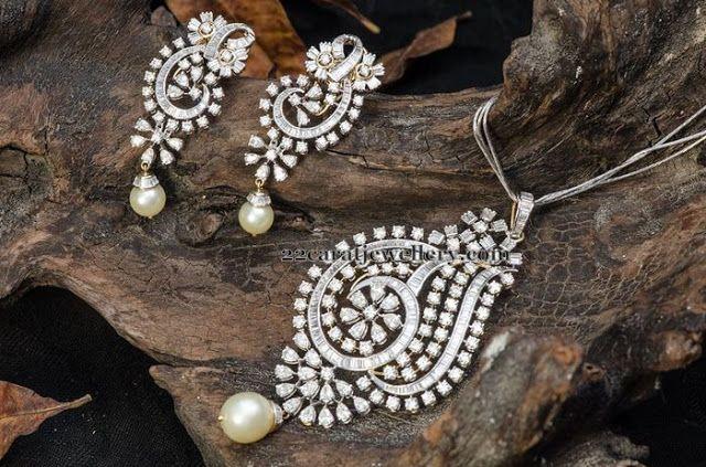 Jewellery Designs: Remarkable Diamond Pendant Earrings