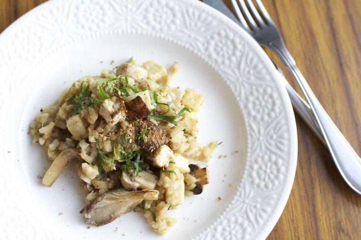Vegan risotto, knolselder, paddenstoelen, kikkererwtenpuree