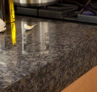 how to clean quartz countertops stains