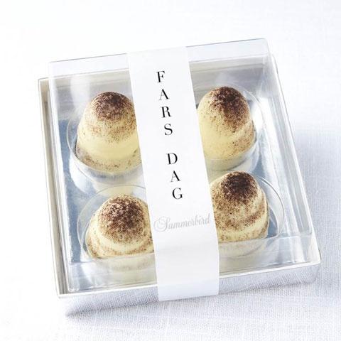 HUSK: FARS DAG D. 5. JUNI    Miniflødeboller med lakridsskum, hvid chokolade og lakridstopping.