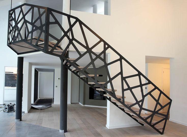 Die besten 25 prefab stairs ideen auf pinterest moderne dachkonstruktion fenster design und - Ruimtebesparende mezzanine ...