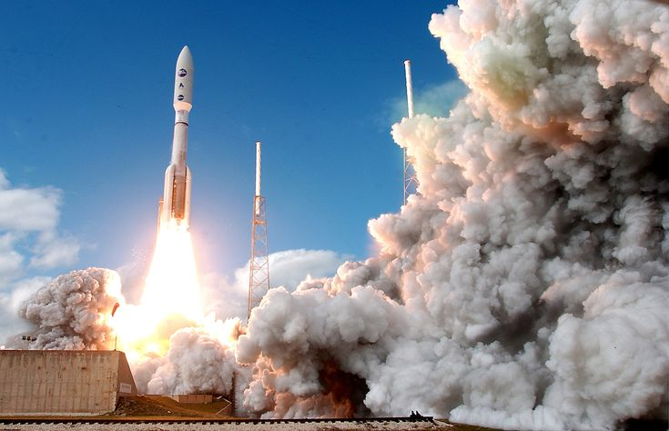 An Atlas V rocket carrying the New Horizons spacecraft on a mission to the planet Pluto lifts off from launch pad 41 at the Cape Canaveral Air Force Station in Florida on January 19, 2006.