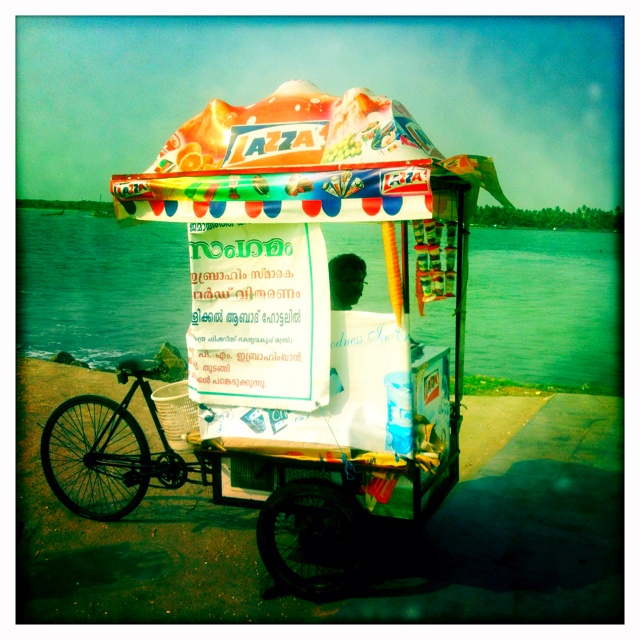A bike-powered popcycle stand - I'm starting to get the feeling that the pedaling is to work up an appetite.