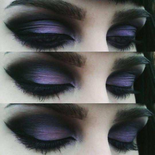 Dark Gothic eye work