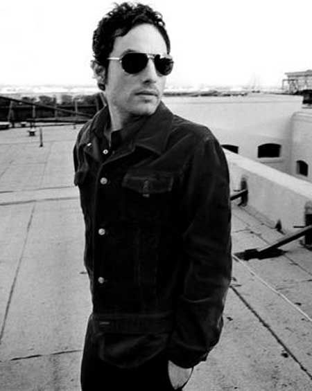 Jakob Dylan... Could listen to him sing alllllllll day