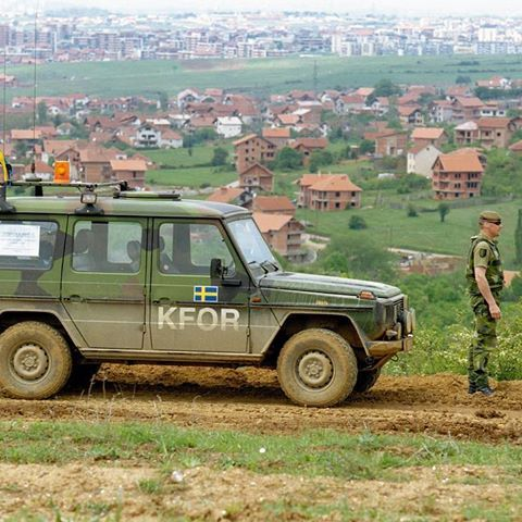 Kosovo during KS04. The Swedish Armed Forces contributed with soldiers