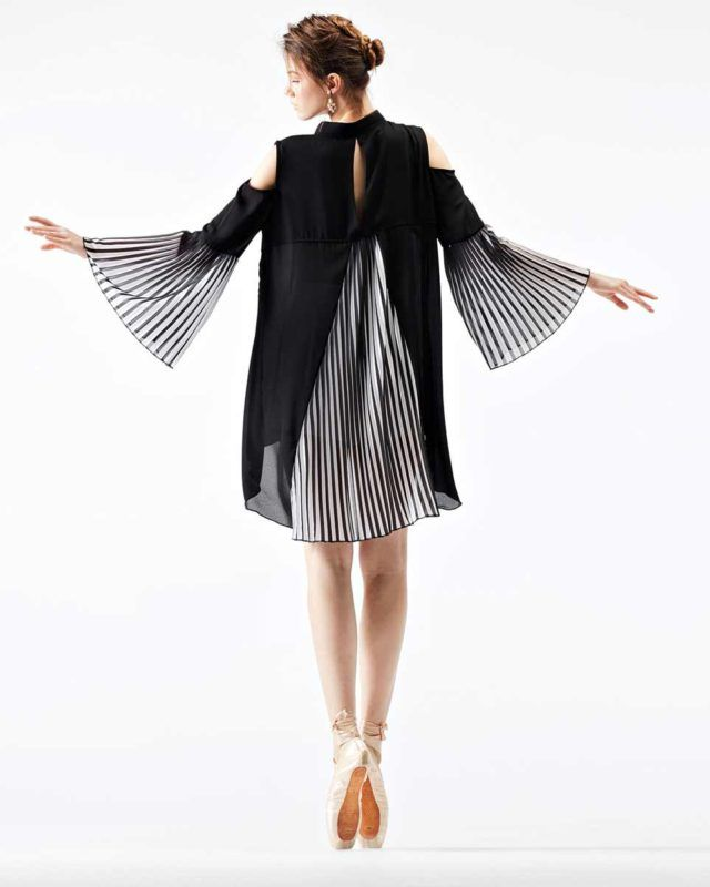 ASSYMETRIC #SHIRT WITH PLEATED DETAILS #black #ballet