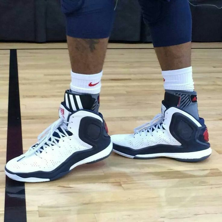 derrick rose boost shoes