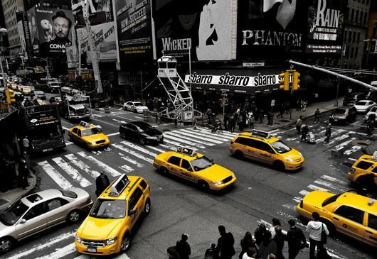 Yellow Taxis at the Time Square af Rasmus Bendixsen