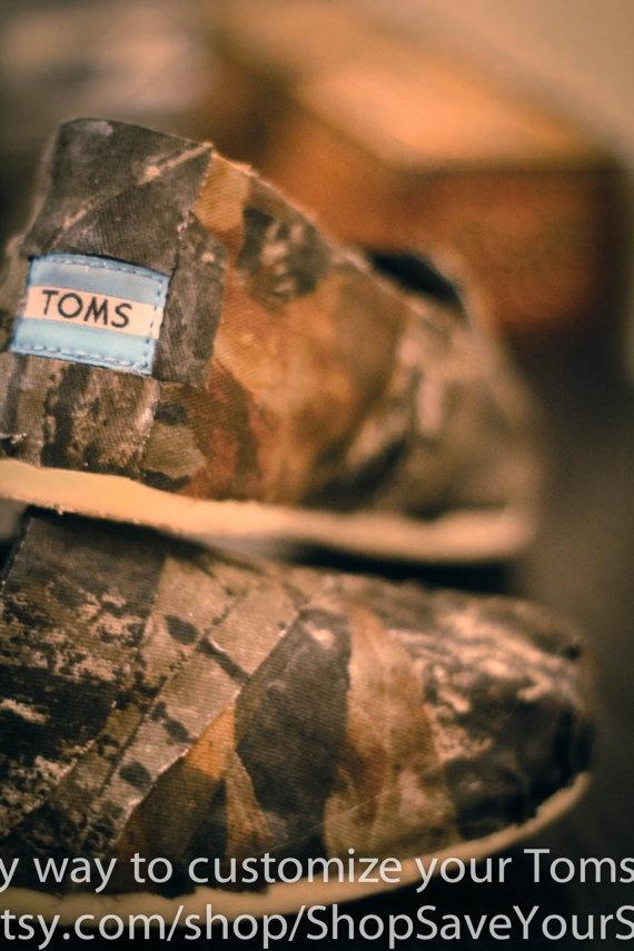 Mossy Oak Camo Toms by ShopSaveYourScissors (@Katrina Alvarez Alvarez Grier- happy birthday to me? late!) :)