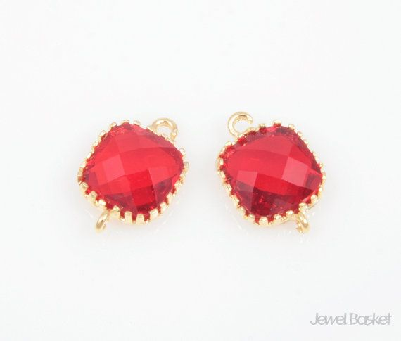 - Highly Polished Gold Frame (Tarnish Resistant) - Fuchsia Red Color Glass - Brass and Glass / 8mm x 12mm - 2pcs / 1pack