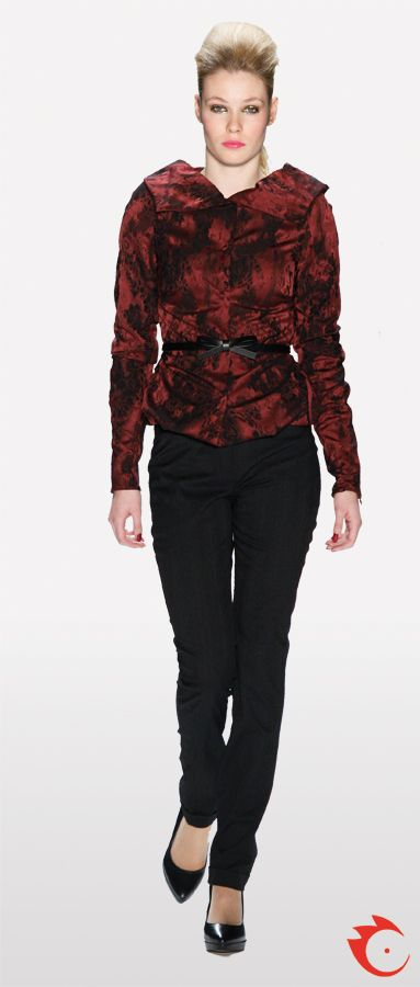 anja gockel stylish red and black patterned jacket in combination with simple elegant black pants