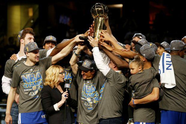 La victoria de Curry y los Golden State: 3 cosas que cada cristiano debe saber  http://www.mimejoralabanza.com/2015/06/17/victoria-curry-golden-state-cristiano/