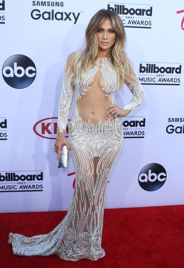 Jennifer Lopez : ses robes les plus sulfureuses en photos | Robe longue ceremonie, Jennifer ...