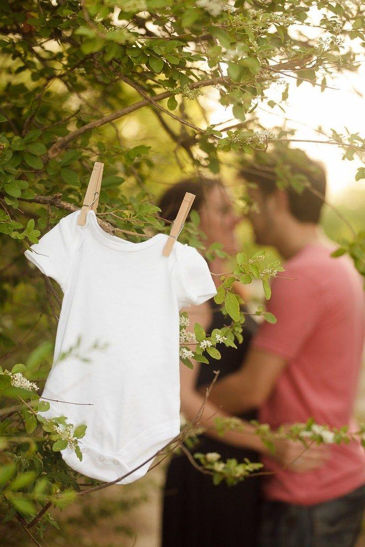 Cuando te quedas embarazada una de las cosas que piensas es en cómo dar la noticia a familia y amigos. Ahora con las redes sociales tenemos  la oportunidad de hacerlo de manera diferente, original …