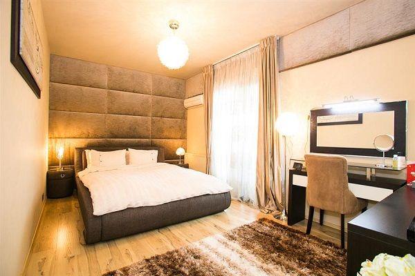 Saphir Stein - dormitor cu decoratiuni din piatra naturala