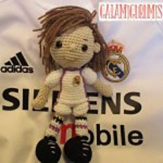 http://www.galamigurumis.com/patron-del-futbolista-amigur...