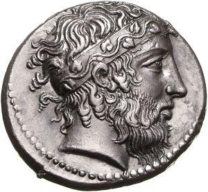 Tetradracma - argento - Naxos, Sicilia (430-420 a.C.) - Dioniso di profilo vs.dx. con lunga barba e riccioli trattenuti da un'alta fascia con tralcio di edera - Münzkabinett Berlin