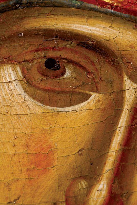 Les yeux sont souvent grands : la présence, la vie. A l'étape du dessin, on met en place la forme de l'œil, mais pas le regard. L'icône ne doit pas être chargée d'émotion. Le regard est posé en dernier lieu.