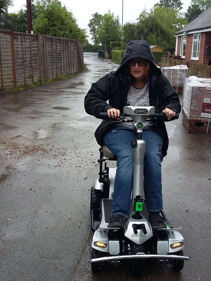 Even the rain couldn't dampen Mrs Jackson's enthusiasm for the Quingo Flyte mobility scooter. Regain your independence with a safe and dependable scooter from the Quingo 5 wheel range. Discover the innovative technology that makes us different from the crowd with a completely free, no obligation test drive.