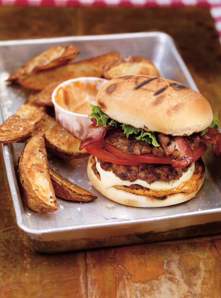 Recette de Ricardo de hamburgers triples épicés