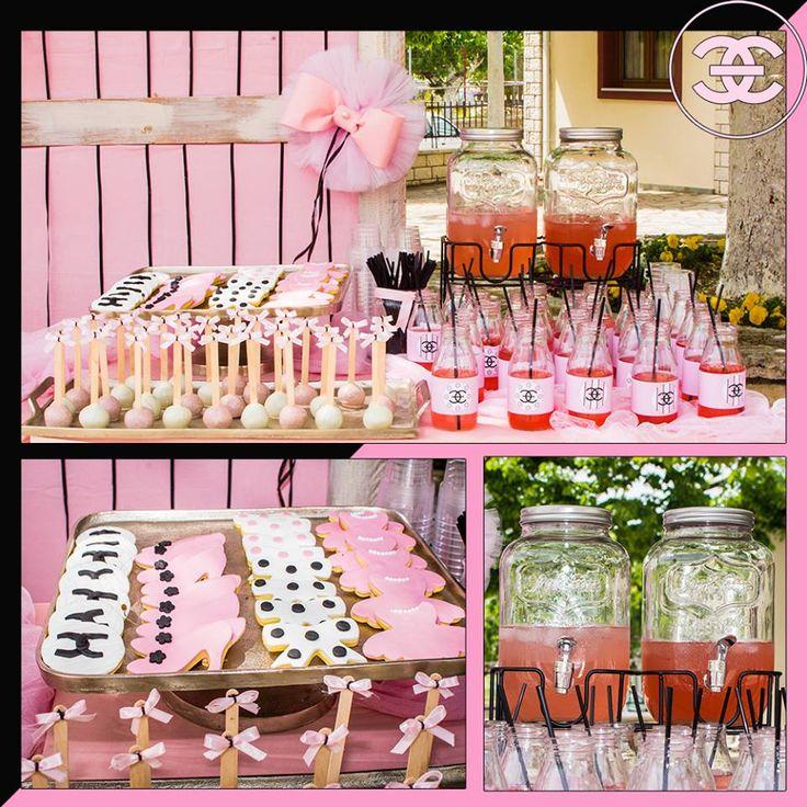 #Βάφτιση με #άρωμα #Channel_No5 #Love #4LOVEgr -#beautiful #baptism with a scent of #Chanel_No5 -#sweets & #cookies - Always #happy to #work with #flowers and #decoration and give unic #style to #weddings #baptisms #christening #party #birtdays and every #event - Concept Stylist #Μάνθα_Μάντζιου & Floral Artist #Ντίνος_Μαβίδης