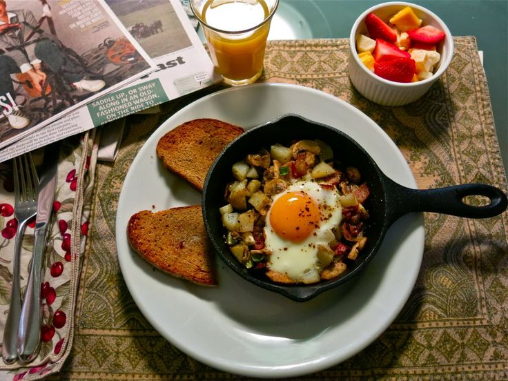 Married to Martha: My Life with Farmer Bob: Small Cast Iron Skillets Serve Up a Tasty Sunday B...