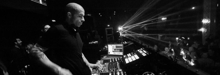 Chris Liebing has surprise released his first solo production in nine years, titled 'Novembergrey'.